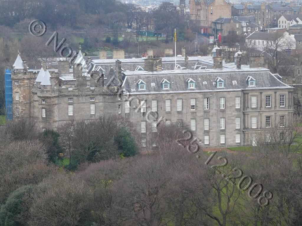 Holyrood Palace - 01