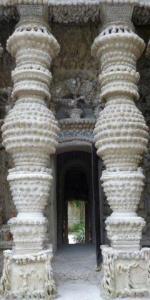 FRADRow  Cheval colonnes P1000275w