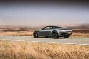 Aston_Martin_DB11_AMR_11