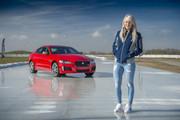Jaguar_XE_300_Sport_Edition_4