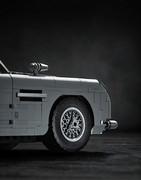 Aston_Martin_DB5_by_Lego_23