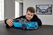 Lego_Technic_Bugatti_Chiron_1