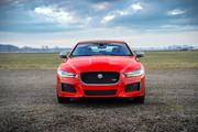 Jaguar_XE_300_Sport_Edition_14