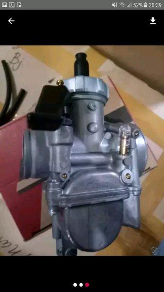 karbulator motor  pe goyo bonus saringan bensin dan selang bensin warna