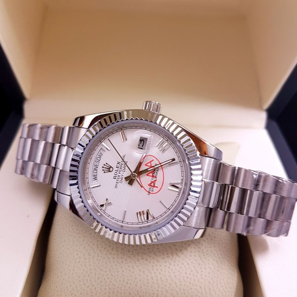 JAM TANGAN ROLEX OYSTER PERPETUAL TYPE DAY DATE SILVER
