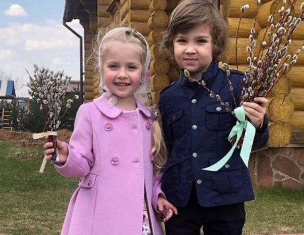 5-летняя дочь Пугачевой: новые снимки Лизы Галкиной