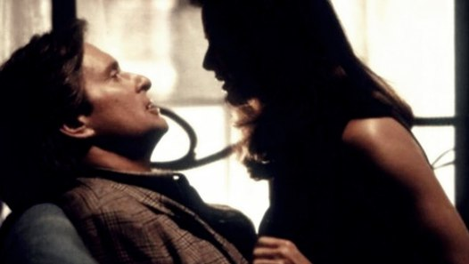 Disclosure (1994) 桃色機密 預告片&影片 Dailymotion