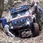 Trial Off Road 4x4 Patrol Gr Vs Vitara Vs Pajero Hd Video Dailymotion