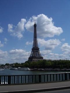 Tour Eiffel from Pont de Bir-Hakeim