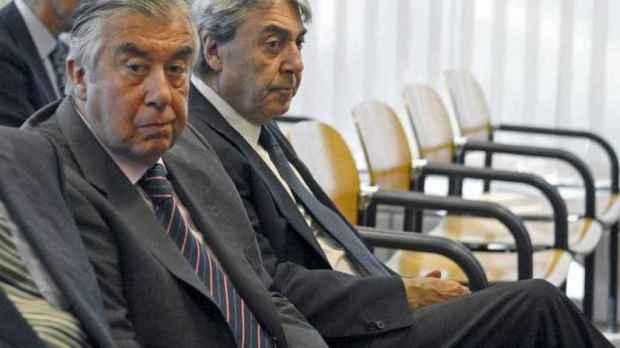 Los empresarios Alberto Alcocer y Alberto Cortina, en la Audiencia Provincial de Madrid, en septiembre de 2009.