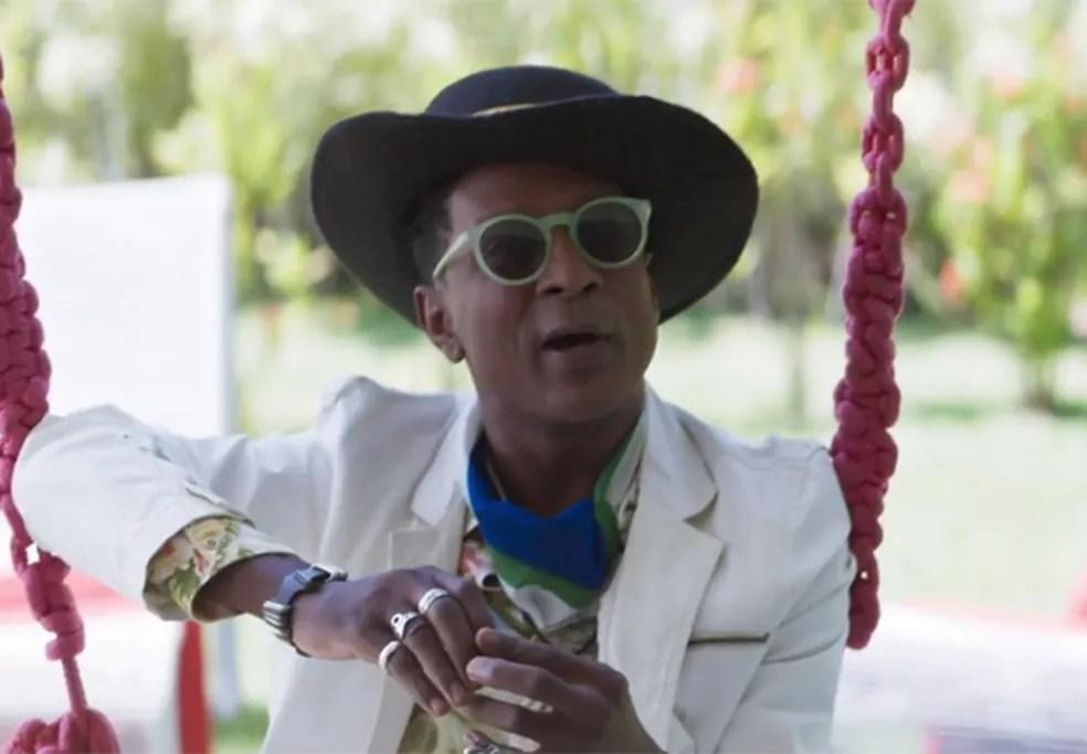 Lima se transforma em um artista cobiçado (Foto: TV Globo)