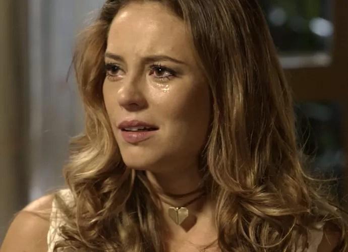 Melissa fica chocada com a decisão de Felipe (Foto: TV Globo)