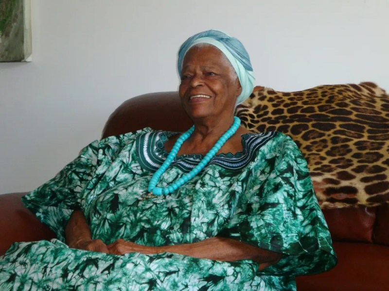 Considerada uma das maiores ialorixás do país, Mãe Stella nasceu no dia 2 de maio de 1925. — Foto: Danutta Rodrigues
