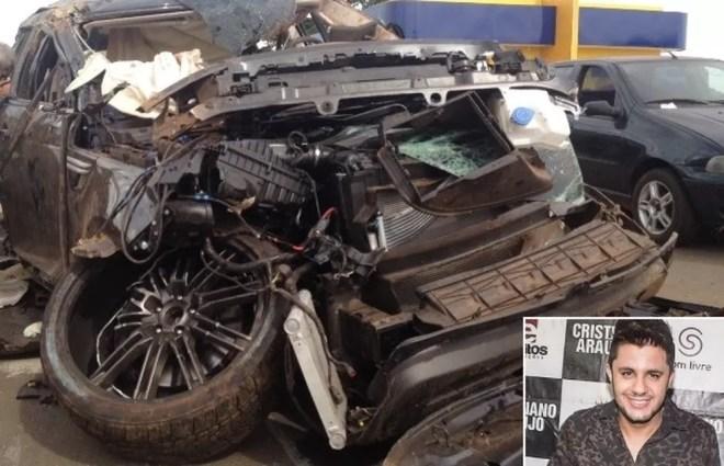 Carro usado por Cristiano Araújo capotou na BR-153, quando ele voltava de show, em Goiás (Foto: Táliton Andrade/G1)