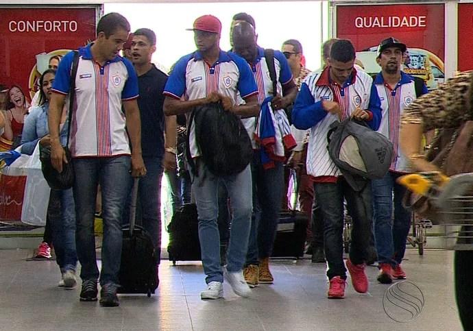 Itabaiana, desembarque (Foto: José Gilton / TV Sergipe)