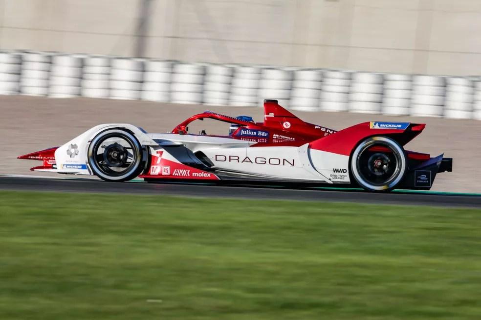 Carro de Sérgio Sette Câmara, da equipe Dragon Penske, na Fórmula E — Foto: Xavier Bonilla/NurPhoto via Getty Images