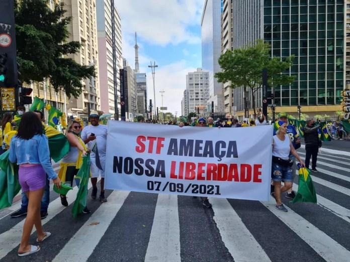 Com pautas antidemocráticas, manifestantes vociferam contra o Supremo Tribunal Federal (STF) — Foto: G1 SP