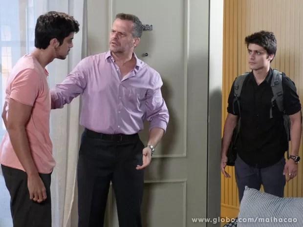 O Vitor vai se sentir culpado por causa da briga de #BruTinha e vai procura o moreno prum papo sério (Foto: Malhação / Tv Globo)