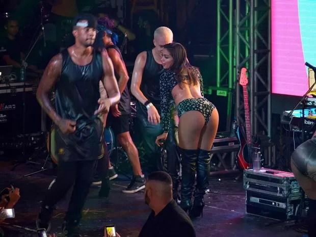 Anitta em show em Campo Grande, Zona Oeste do Rio (Foto: Rodrigo Sinhá/ Divulgação)