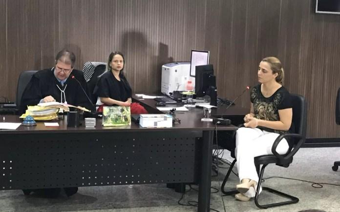 Márcia Zaccarelli durante julgamento, em Goiânia (Foto: Vitor Santana/G1)