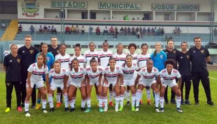 São Paulo goleou a Chapecoense em Santa Catarina — Foto: Divulgação/São Paulo
