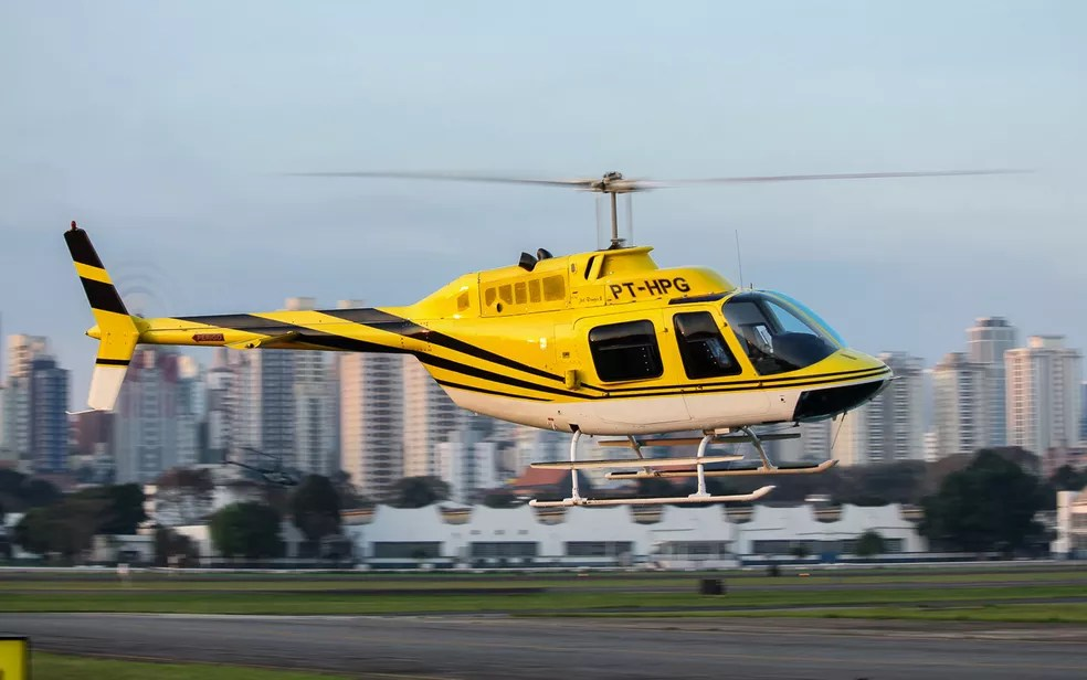 Helicóptero prefixo PT-HPG que se acidentou na Anhanguera — Foto: Matheus Herrera/Arquivo pessoal