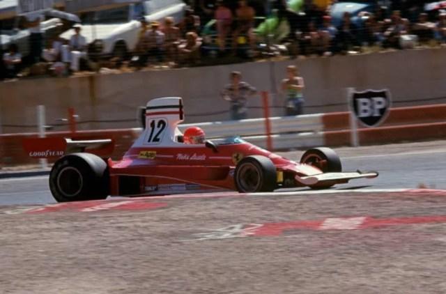 Lauda conquistou seu primeiro título na Fórmula 1 em 1975 — Foto: Getty Images