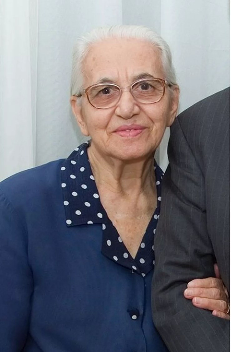 Pastora Nilda de Paula, de 90 anos, teve Covid-19, foi curada e teve alta médica na terça-feira (7) — Foto: Facebook