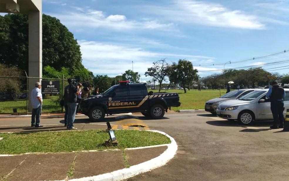 Polícia Federal do DF cumpre mandados de prisão temporária contra dois ex-governadores do DF   (Foto: Beatriz Pataro/G1 )