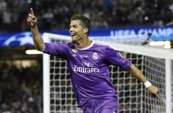 Cristiano Ronaldo celebra gol do Real Madrid contra a Juventus na final da Liga dos Campeões (Foto: Reuters / Carl Recine Livepic)