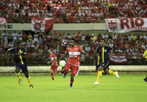 Diego Rosa jogou no Galo em 2014  (Foto: Ailton Cruz/ Gazeta de Alagoas)
