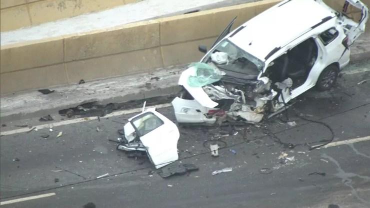 Duas pessoas morrem em acidente na Zona Leste de SP — Foto: TV Globo/SP