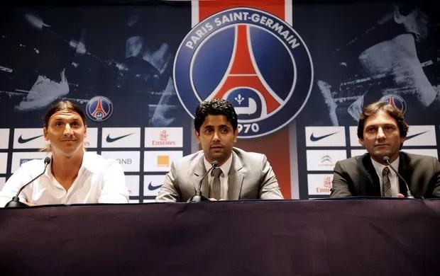 ibrahimovic Nasser Al-Khelaifi  leonardo psg apresentação (Foto: Agência AFP)