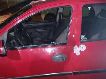 Durante a ação, a tiros também atingiram o carro do vereador (Foto: Divulgação/Polícia Civil)