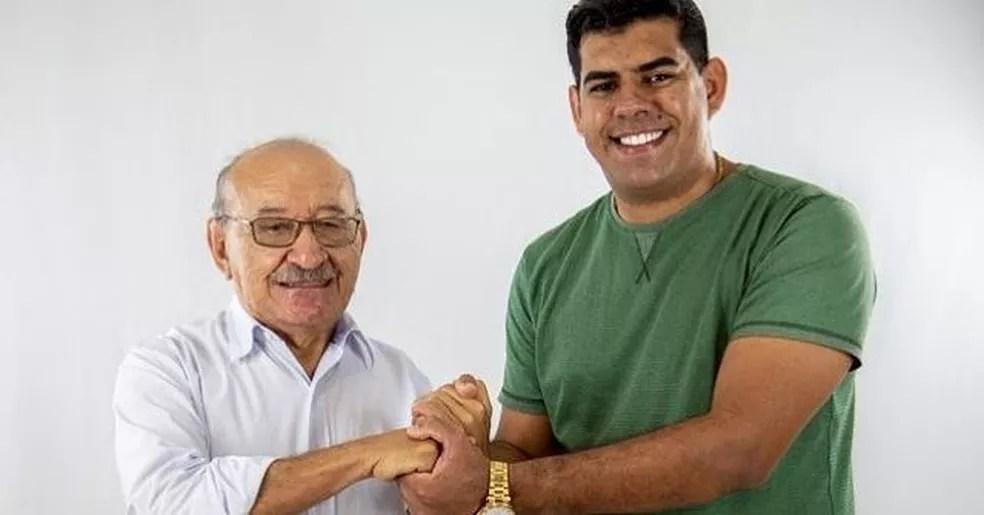 Expedito Pereira (à esquerda), apoiou o sobrinho Ricardo Pereira, na candidatura a vereador de Bayeux em 2020 — Foto: Reprodução/Instagram/jricardopereira_