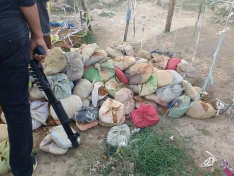Agentes encontram buraco no Complexo do Curado e frustram fuga de presos (Foto: Ascom seres/WhatsApp)