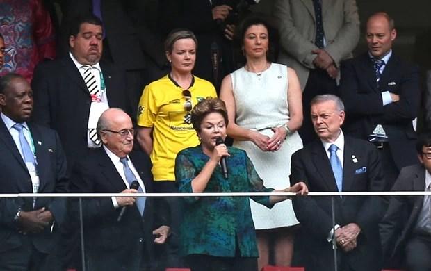Dilma, Brasil e Japão (Foto: Agência Reuters)