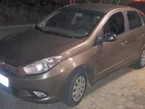 Carro havia sido roubado em Caruaru (Foto: Divulgação/Polícia Militar)