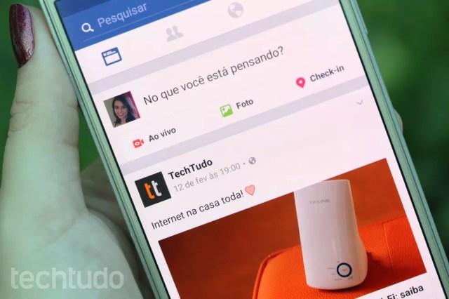Descubra como gerenciar álbuns do Facebook pelo celular Android (Foto: Aline Batista/TechTudo)