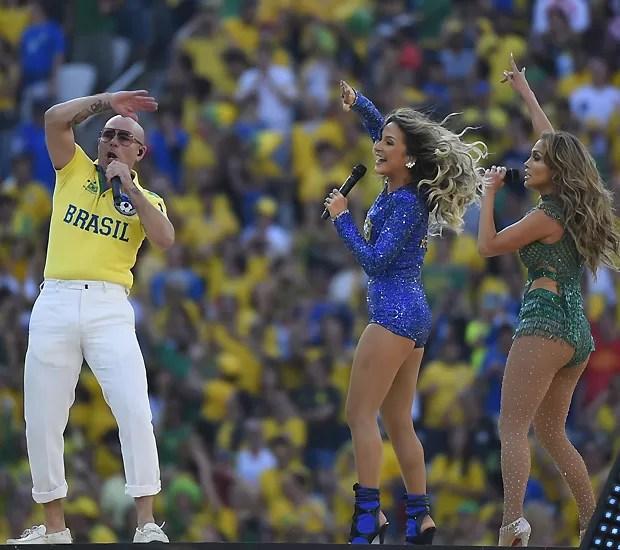 Claudia, Pit Bull e J.Lo (Foto: AFP)