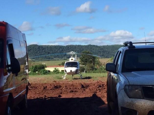 Helicóptero foi usado nas buscas a suspeitos de ataque em Porto Xavier — Foto: Divulgação/BM