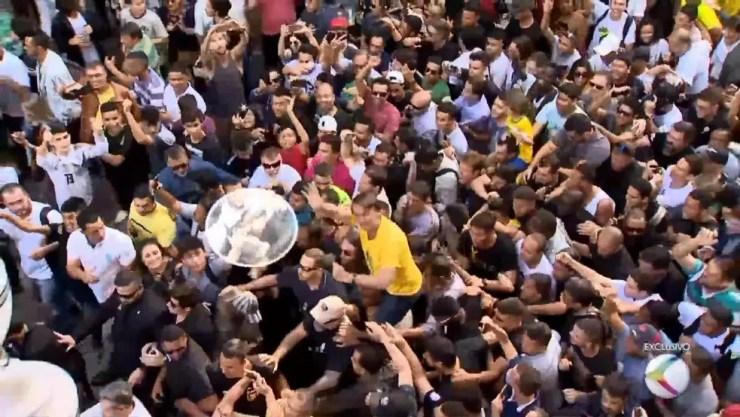 Imagens exclusivas da TV Integração mostraram Adélio Bispo tentando atacar o candidato — Foto: Reprodução/TV Integração