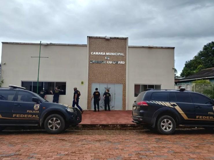 Prefeito do interior do AC preso em operação da PF pagava 'mensalinho' para vereadores — Foto: Divulgação/PF-AC