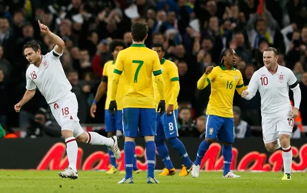 Lampard gol Inglaterra x Brasil (Foto: Reuters)