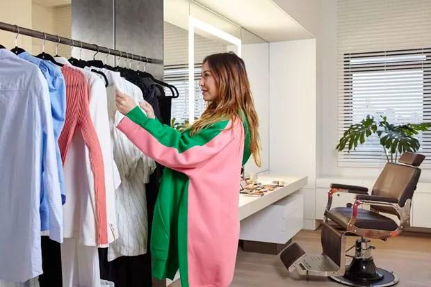 Sabrina Sato mostra o camarim do novo apartamento (Foto: Ilana Bessler)