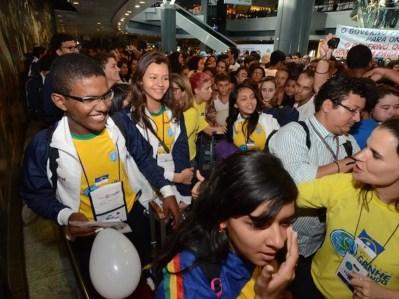 Programa Ganhe o Mundo é conhecido por levar estudantes de escolas públicas para intercâmbio — Foto: Alyne Pinheiro/ Divulgação