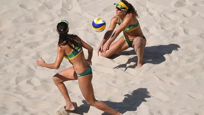 Larissa e Talita; vôlei de praia; olimpíada 2016 (Foto: Shaun Botterill/Getty Images)