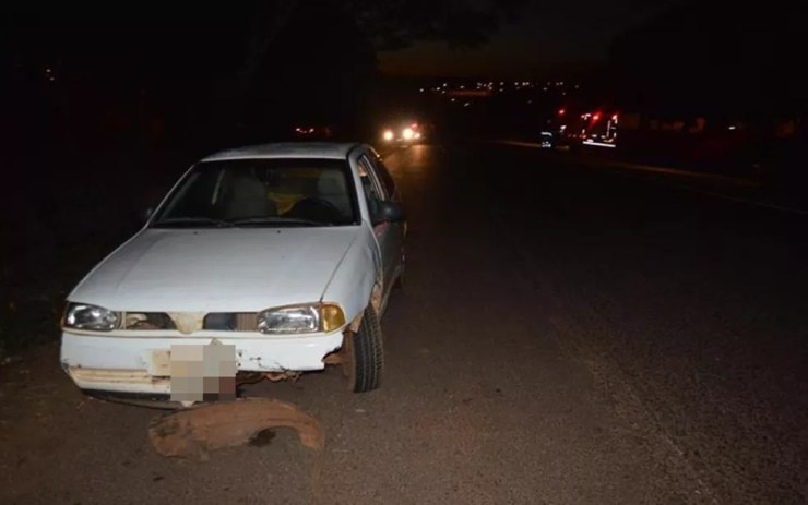Motorista do carro que atropelou o motociclista não se feriu (Foto: Olímpia 24Horas)