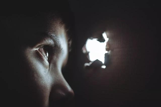 Isolamento pode ser sinal de depressão (Foto: Pixabay)