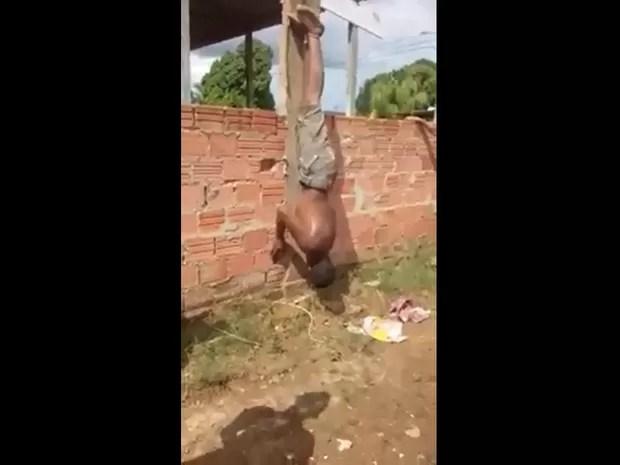cwece Suspeito foragido por roubo em RO é espancado de cabeça para baixo